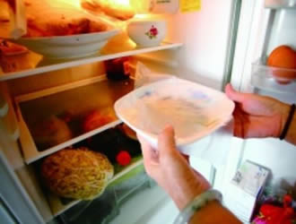 """别让""""经验""""毁了健康 冰箱常见使用误区"""